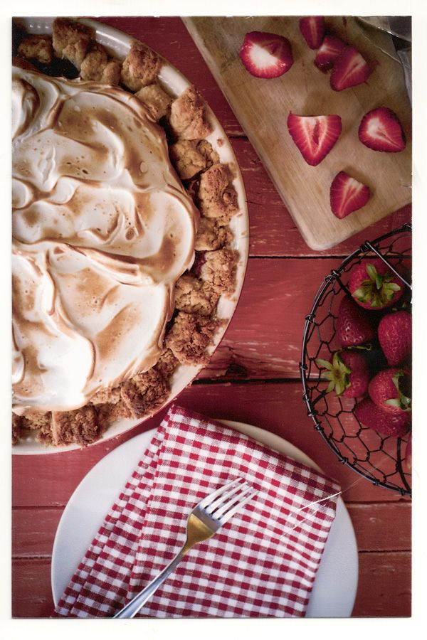 Strawberry & Rhubarb Meringue Pie / Chasing Delicious