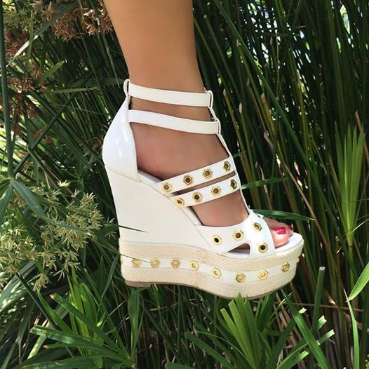 Bellini is the classic wedge with a twist! #ShoeDazzle
