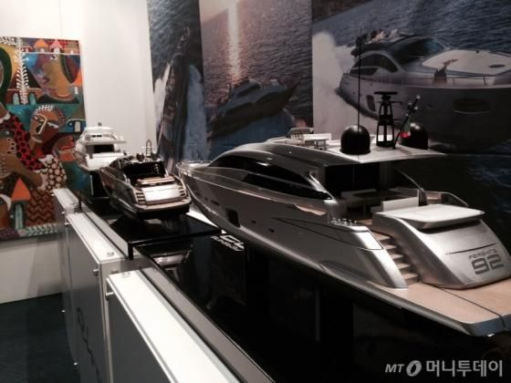 Feretti Group presented stunning scale models of Riva, Pershing and Feretti Yachts