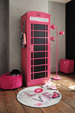Cabine t l phonique rose de british girl chambre fille pinterest filles - Etagere cabine telephonique ...