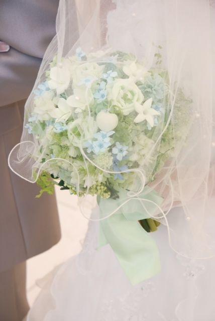 桜の花に包まれた、この花嫁様の一枚のお写真を 今このブログを書いている自分は、 この先この仕事ができなくなったいつか来る日も きっと忘れ...