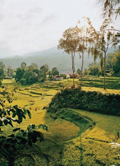Photographing Indonesia's Amazing Range of Experiences