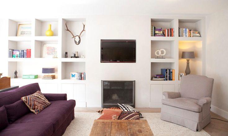mooie kast en decoratie en mooie vloer en muren en tapijt