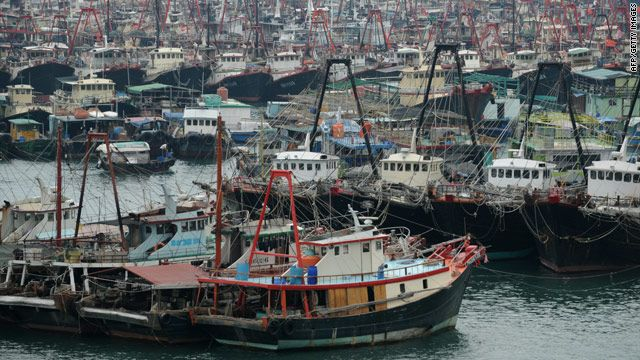 Fishing boats http://edition.cnn.com/2010/WORLD/asiapcf/10/21/china.typhoon.megi/