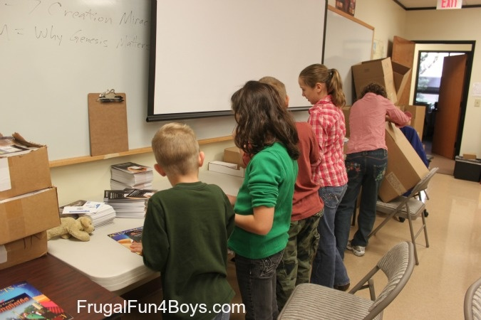 Volunteering with kids - our experience at the Institute for Creation Research