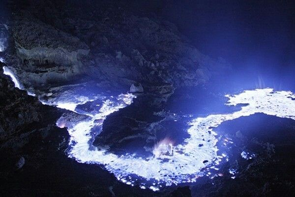 Blue flame flowing