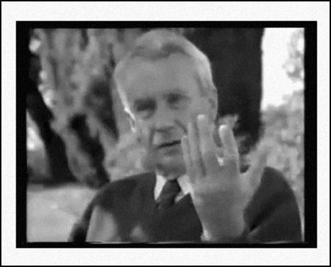 J.R.R. Tolkien'in mal varlığının resmi vârisi ve yayınlanmamış eserlerinin yayınlayıcısı olan Christopher Tolkien'in basılı ilk röportajını okudunuz mu? http://www.kayiprihtim.org/portal/roportajlar/christopher-tolkien-roportaji/