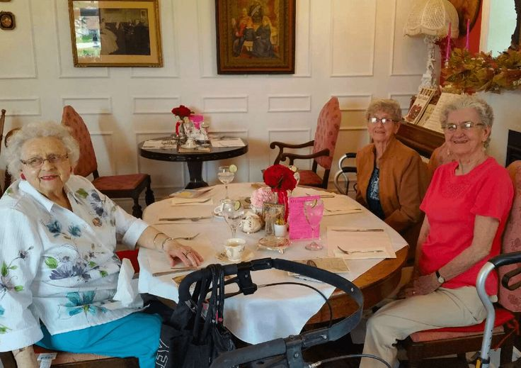 We at the Richmond enjoy our outings with Out To Lunch with the Bunch. We had a fantastic meal at the O'Connor Tea Room in Deseronto Ontario.  #verveseniorliving  #TheRichmondRetirementResidence
