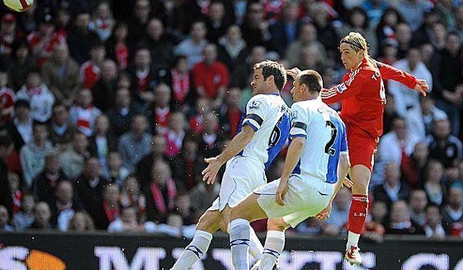 Piękny gol Hiszpana w meczu Premier League z Blackburn Rovers • Tak strzelał Fernando Torres za czasów gry w Liverpoolu • Zobacz >> #liverpool #liverpoolfc #goals #premierleague #football #soccer #sports #pilkanozna