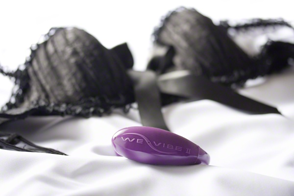 Share the vibe with the We-Vibe. The We-Vibe simultaneously stimulates her clitoris and G-spot, creating pleasure pulses that resonate her entire pelvis for both partners to enjoy together.