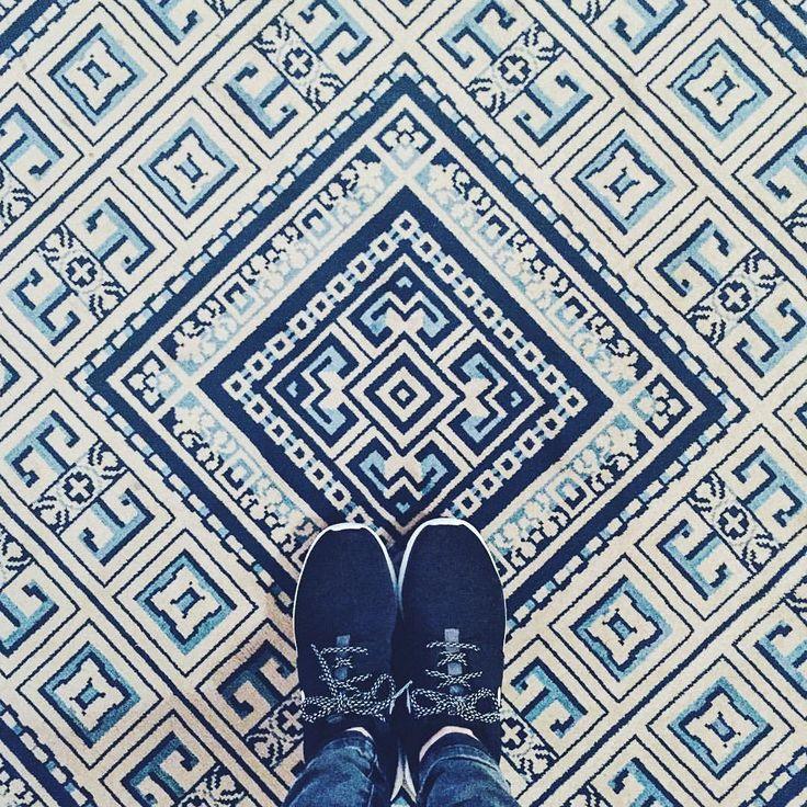 Les jolis motifs du Palais Royal. 🏫 #royalpalace #amsterdam #amsterdamcity #iamsterdam #palace #weekend #break #citybreak #grounds #blue…