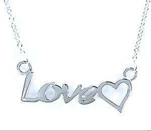 Collar Love de plata cadena muy fina Love corazón