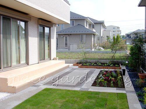 テラス コンクリート平板