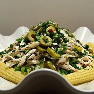 Salata severler için güzel bir salata tarifi daha... Bebek Mısırlı Tavuk Salatası      Kaydet Yazdır     Hazırlama Zamanı  20 dakika    Pişme Zamanı      Toplam Süre  20 dakika       Kişilik: 8-10   İçindekiler  2 kemiksiz tavuk göğüs eti (haşlanıp didilecek) 1 kutu bebek mısırı 1 kase içi kırmızı