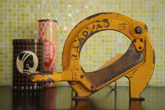RAADVAD Bread slicer yellow by nORDICbYhEART on Etsy