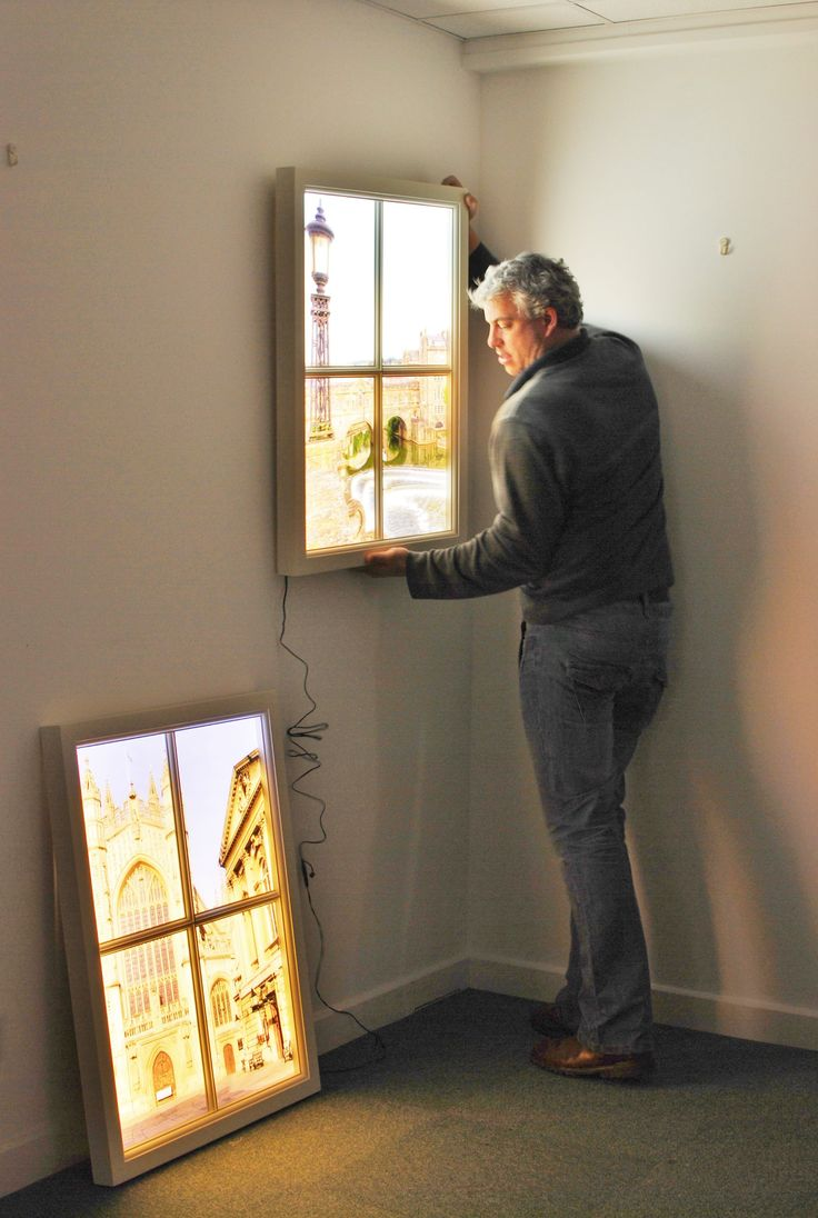 Ventanas falsas. Una idea para dotar al dormitorio interior de una sensación de luz natural.