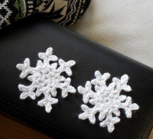 Fiffel och Tråd: Snöstjärnor och julkulor