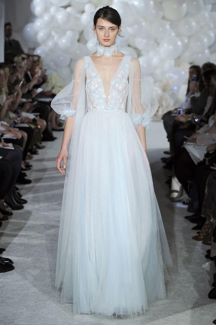 234 best Wedding dress images on Pinterest | Wedding frocks ...