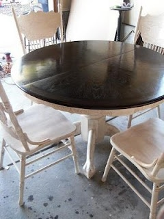 Re-stained and Painted White: Oak Pedestal Table And Chairs - Remodelaholic | I'm going to do this with our kitchen table!