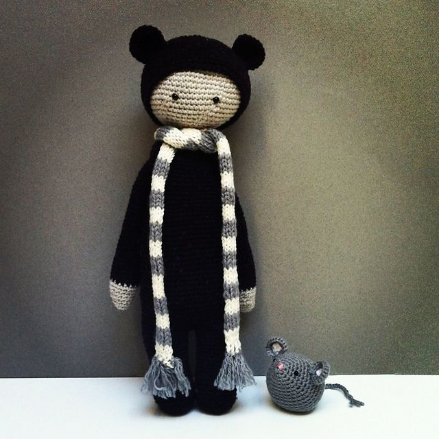 BINA the bear made by TravellingEast / crochet pattern by lalylala