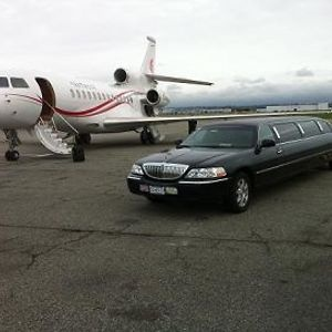 We offer Boston airport limousine services at reduced flat rates, with an awesome fleet of luxury sedans, executive car, and mini vans. If you need to travel across the city from the airport just like a VIP or be taken directly to home in an executive vehicle or get to the main airport on or before the scheduled flight. For more Detail call us on 1-800-720-3818