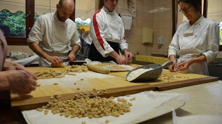 Pisarei e fasò, gnocchi di pane piacentini, ricetta originale Cattivelli