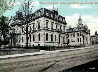 Banque et bureau de poste sur la rue Commerciale  Bank and post office on rue Commerciale  +/- 1895  Rue Commerciale = Rue Dufferin