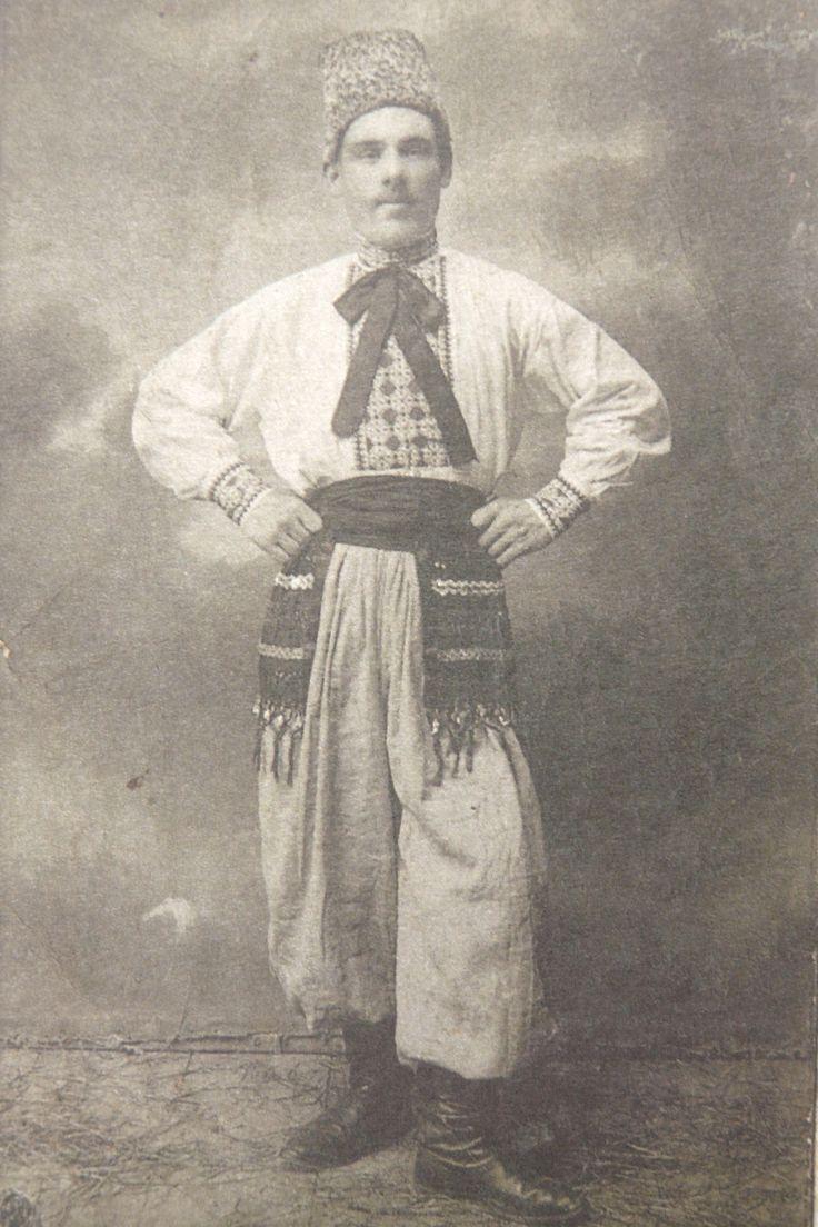 ПРИЛУКИ . Іван Ворона 1913 р