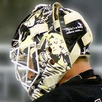 Goaltender mask - Wikipedia