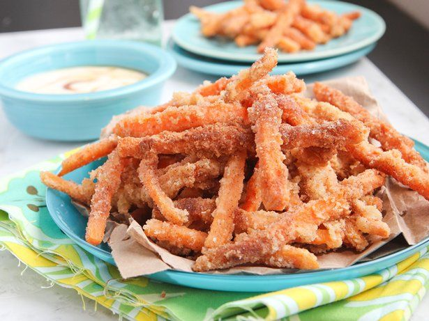 Looking for a sweet spin on a classic snack? These sweet potato fries are coated in an addictive Bisquick-cinnamon-sugar mixture and fried until they're golden brown. Pair them with a maple syrup-infused yogurt dip, and you might never go back to regular French fries! Pro tip: To make sure the sweet potatoes cook evenly, cut them into long, thin fry shapes.
