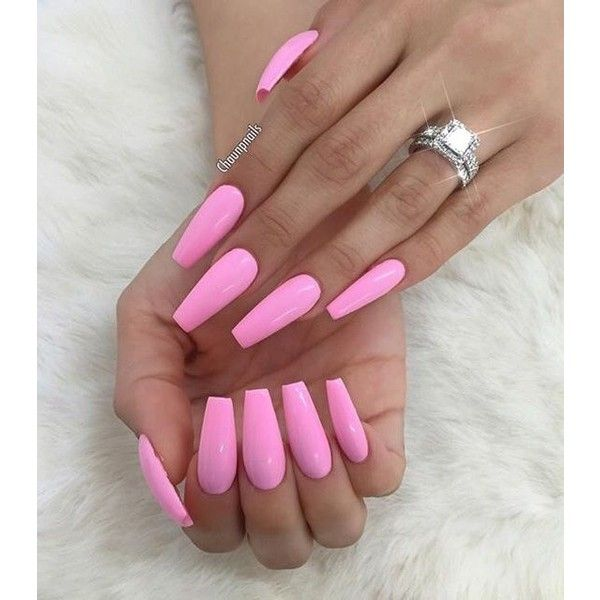 pretty pink coffin nails