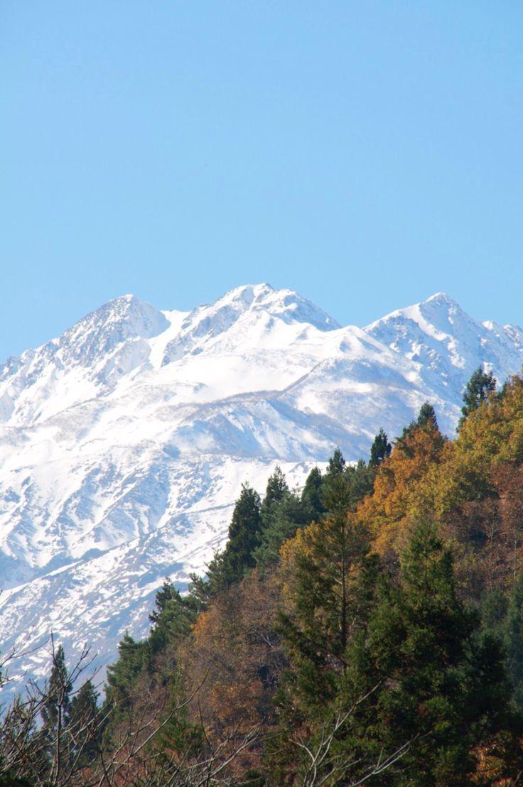 信州_青鬼集落から眺める白馬の山