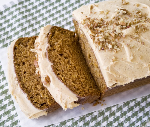 pumpkin bread with pumpkin buttercream frosting- drool