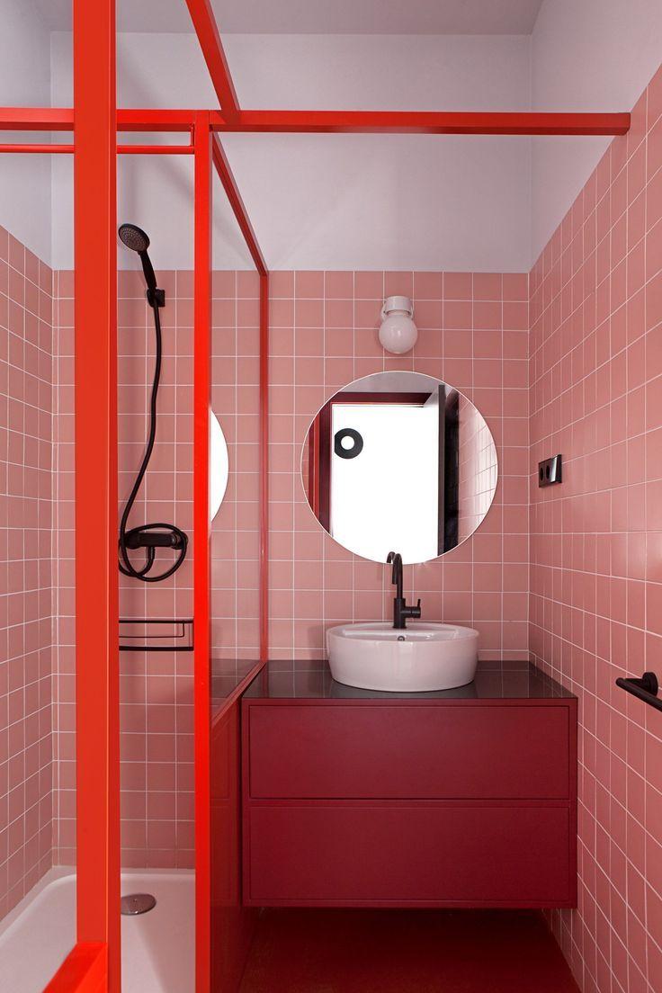 Accordé le meuble de sa salle de bain aux couleurs de pièce 😍 Mur en car
