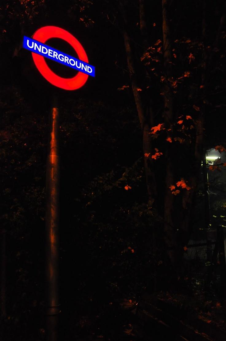 London Underground via: Behind The Lens Lukey #travel #london #photography: London Underground, London Town, London Photography, Sheeni11 London, S K S London, London England, London Details, Things London, London Tube