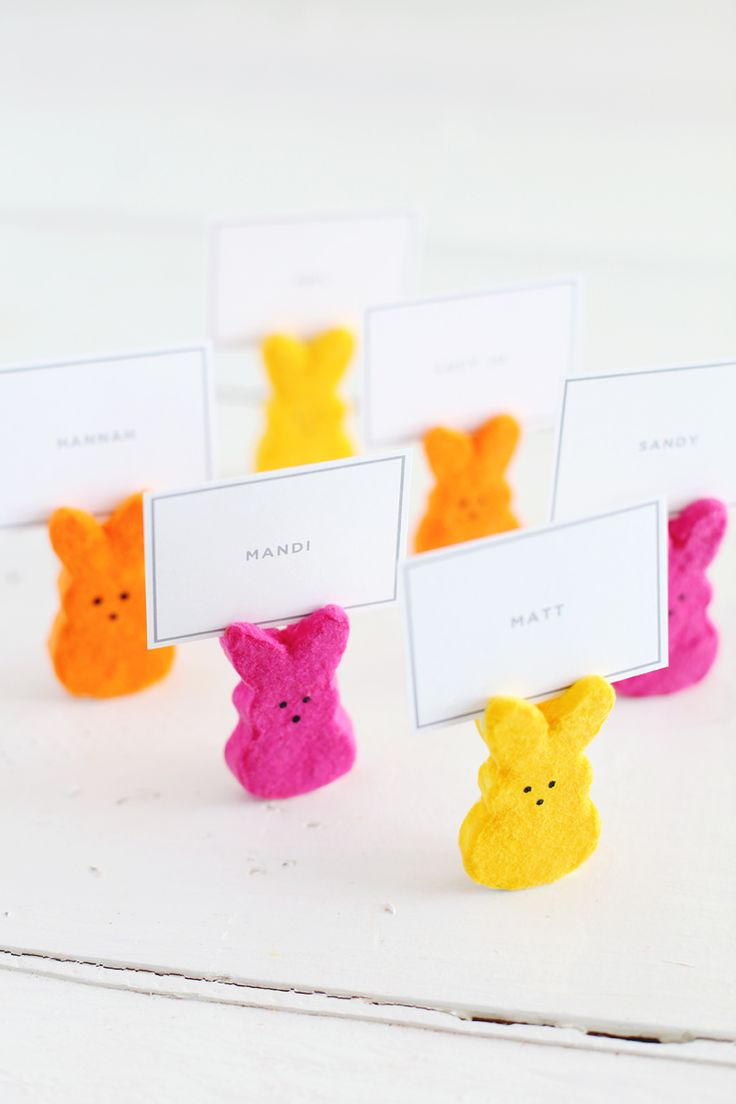 #DIY Easter place card holders | Give these Peeps place card holders a try from @Elyse Exposito Exposito Woodbury Pehrson Larson of A Beautiful Mess