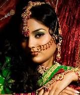 Smouldering, Mysterious Beauty- Indian Bridal Maquillage  Posted by Soma Sengupta