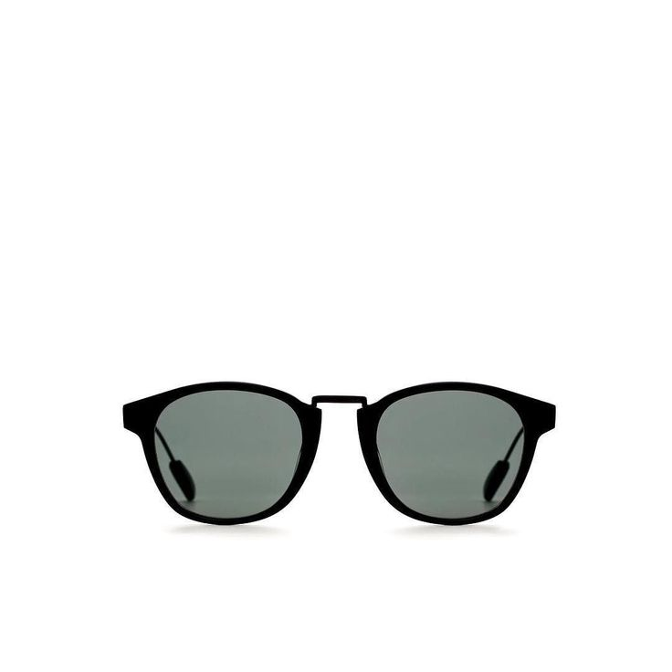 The CIRRO in all black      #mazzucchelli #acetate #highquality #swiss #sunglasses #lorislunettes