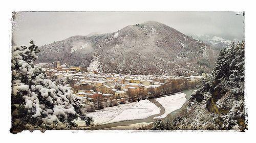 Digne-les-Bains enneigée, Alpes de Haute-Provence. France | Laurence Poulange