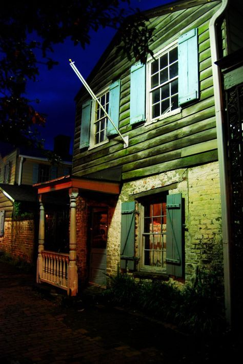 The haunted history behind one of the oldest buildings in Savannah is quite fascinating.