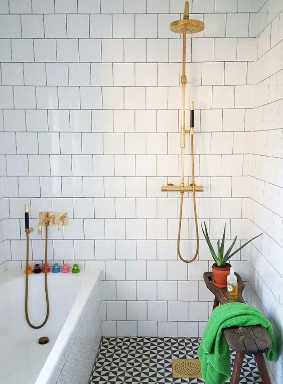 Douche à l\u0027italienne ouverte sur salle de bains Salle de bain