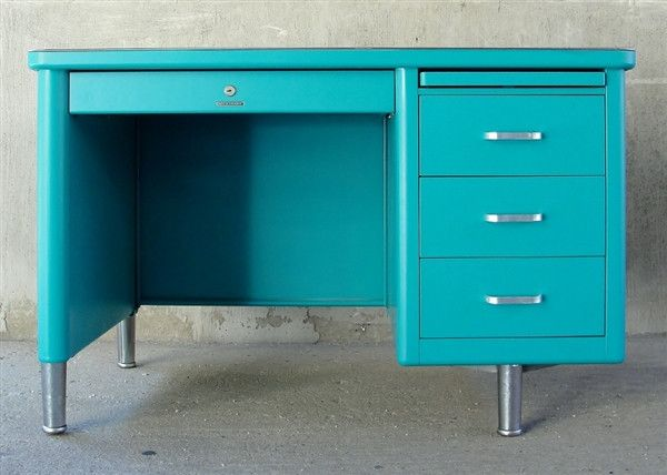 Teal Steelcase Tanker Desk - need to learn how to paint metal this well!