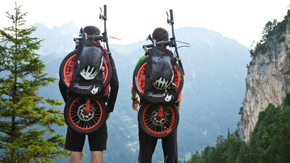 Bergmönch, la bici nello zaino