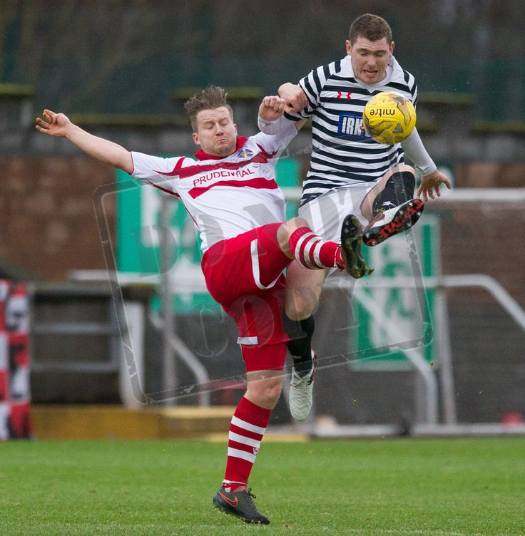 Queen's Park's Ryan McGeever challenges for the ball during the SPFL League Two game between Stirling Albion and Queen's Park.