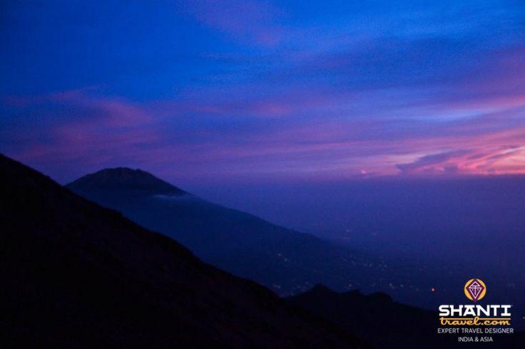 Le Mont Merapi : l'ascension d'un redoutable volcan en Indonésie