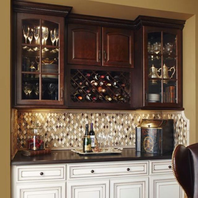 Love the two-tone cabinets and the backsplash.