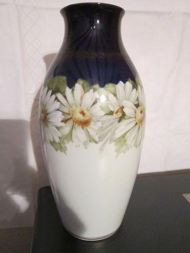Rosenthalvase Selb Bavaria. 24 cm