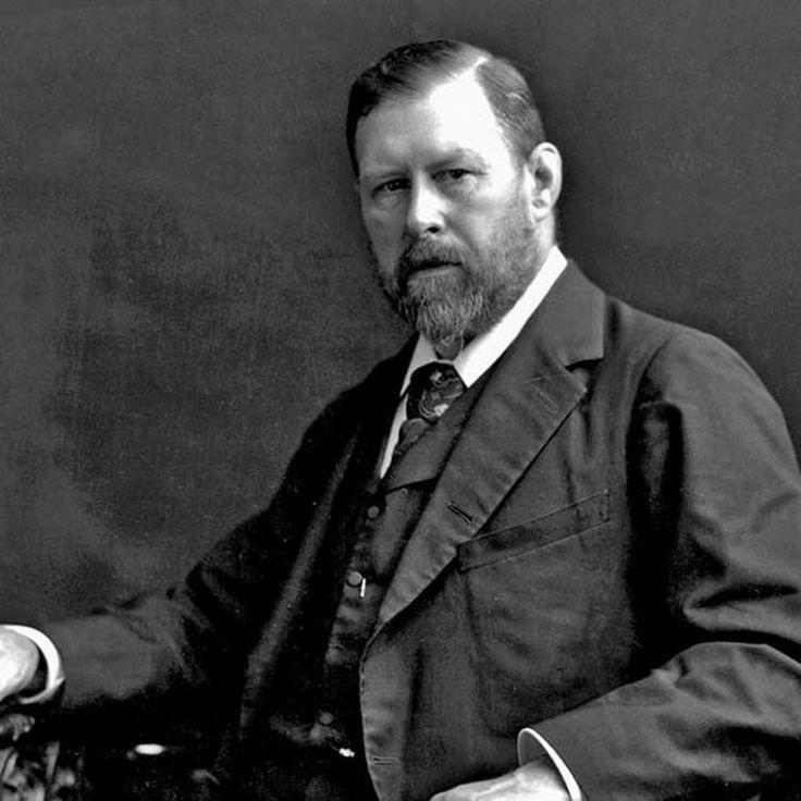 """Abraham """"Bram"""" Stoker fue un novelista y escritor irlandés nacido en Dublín en 1847, reconocido por su novela Drácula"""
