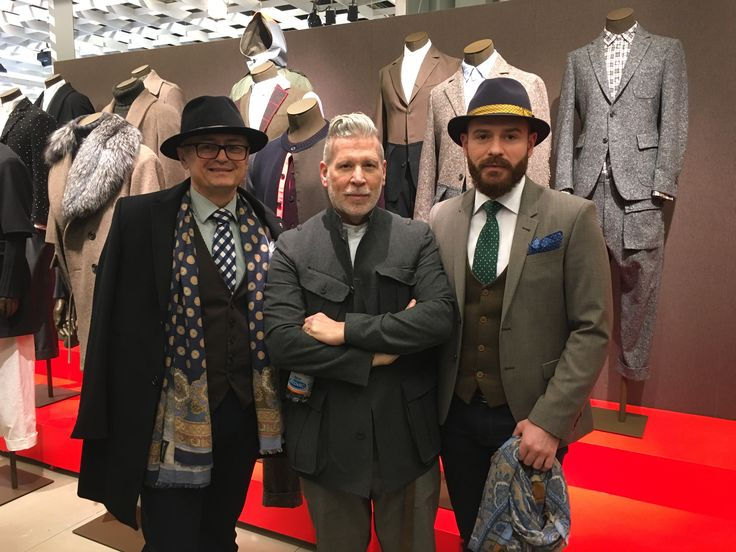 Encountering Nick Wooster, at the launch of his collection in collaboration with Lardini. #NickWooster #Lardini #NickWoosterLardini #PittiUomo #PittiUomo2016 #mensstyle #PittiUomostyle #Cozacone