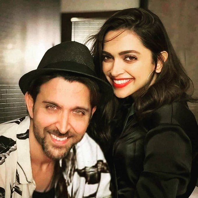 Exclusive Fresh Pair Of Hrithik Roshan And Deepika Padukone To Appear In Remake Of 1980 Blockbuster Movie B2h B2hoslo Bollywooditwithhollywood B2hevents
